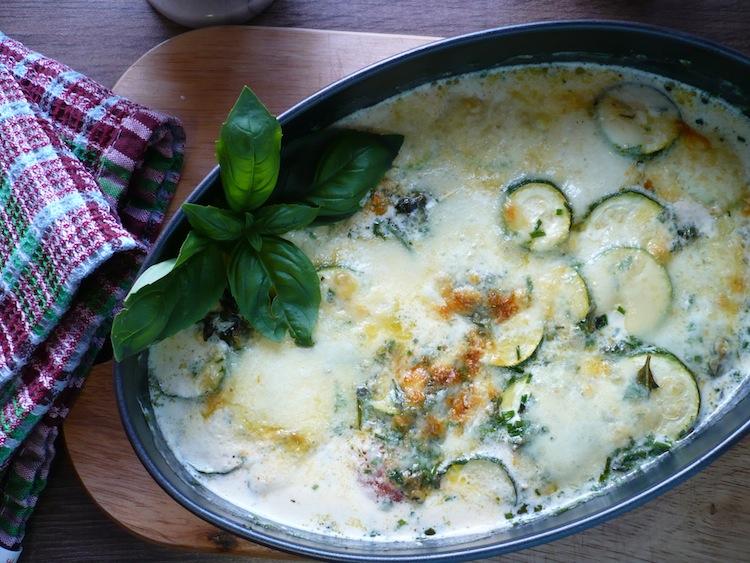 Tomaten Zucchini Gratin