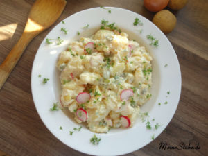 Kartoffelsalat ohne Fleisch zubereitet