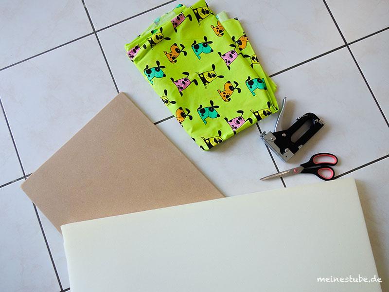 Material für eine Sitzbank mit einem Kallax Regal für Kinder, meinestube