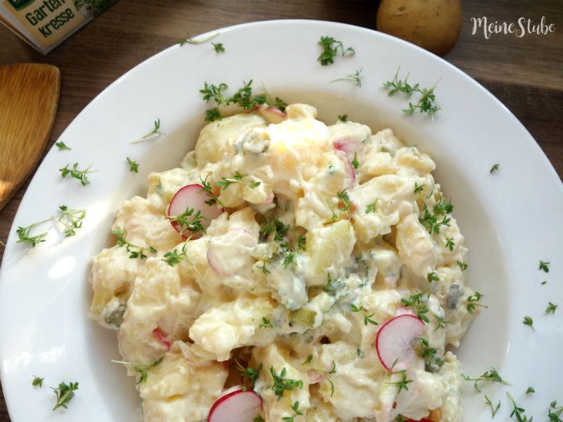 Rezept für einen Kartoffelsalat mit Mayo und Radieschen