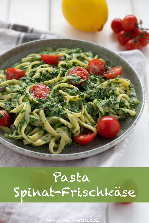 Rezept für Pasta mit einer Rahmspinat-Frischkäse-Sauce und tomaten, meinestube