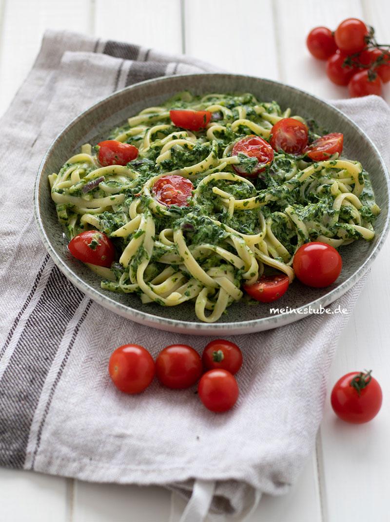 Rezept für Pasta mit Spinat und Zitronen-Frischkäse-Sauce