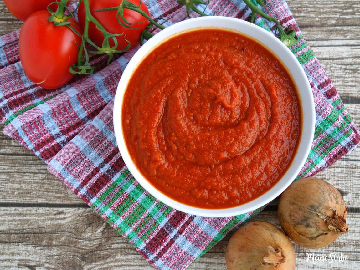 Pizzasauce aus frischen Tomaten selbst gekocht - meinestube
