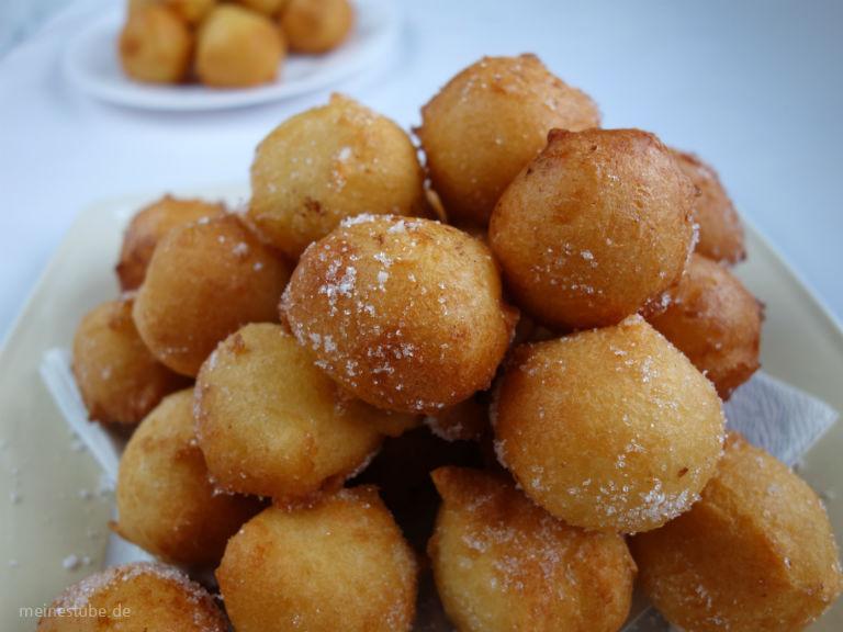 Kleine Snack Bällchen ohne Friteuse