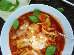 Rezept für leckere Lasagne-Suppe. Eine alternative zur Lasagne aus dem Backofen.