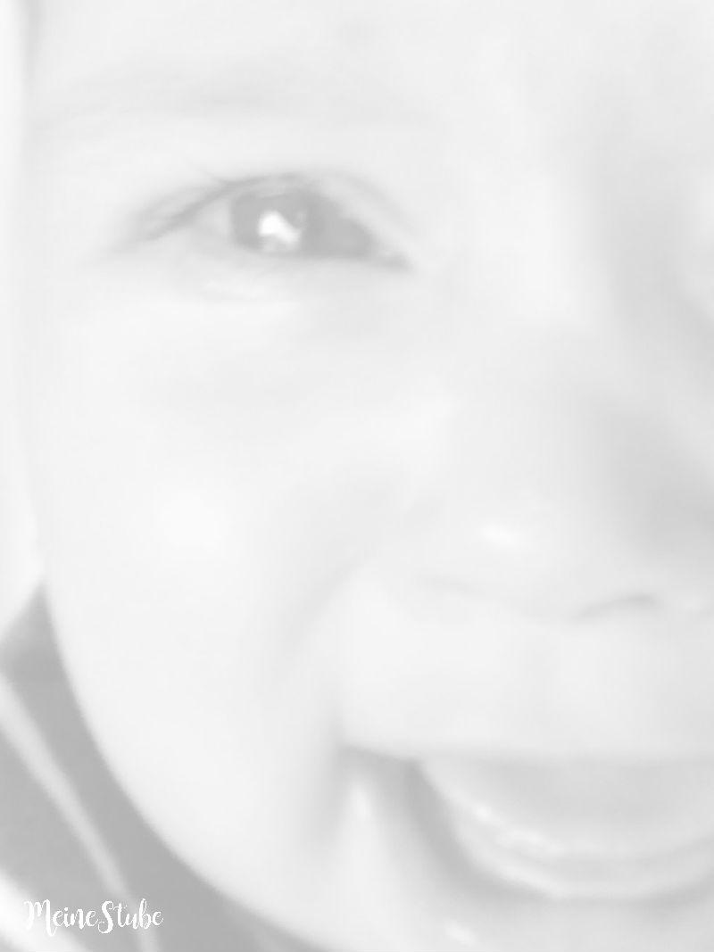High-Need-Baby weinendes Baby meinestube