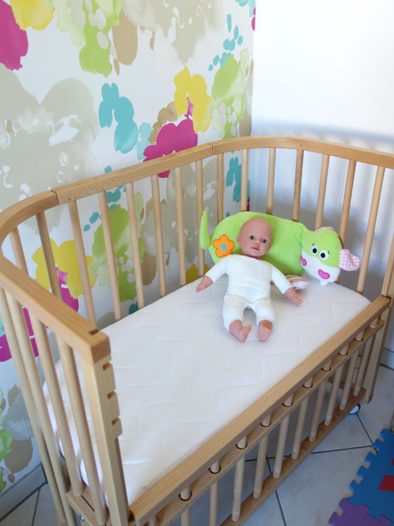 Babybay Beistellbett für meine Tochter.
