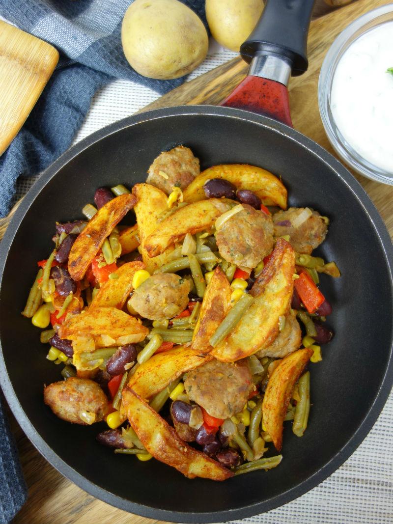 Western Pfanne ein Pfannengericht mit Kartoffeln und Hacksteaks. Meinestube