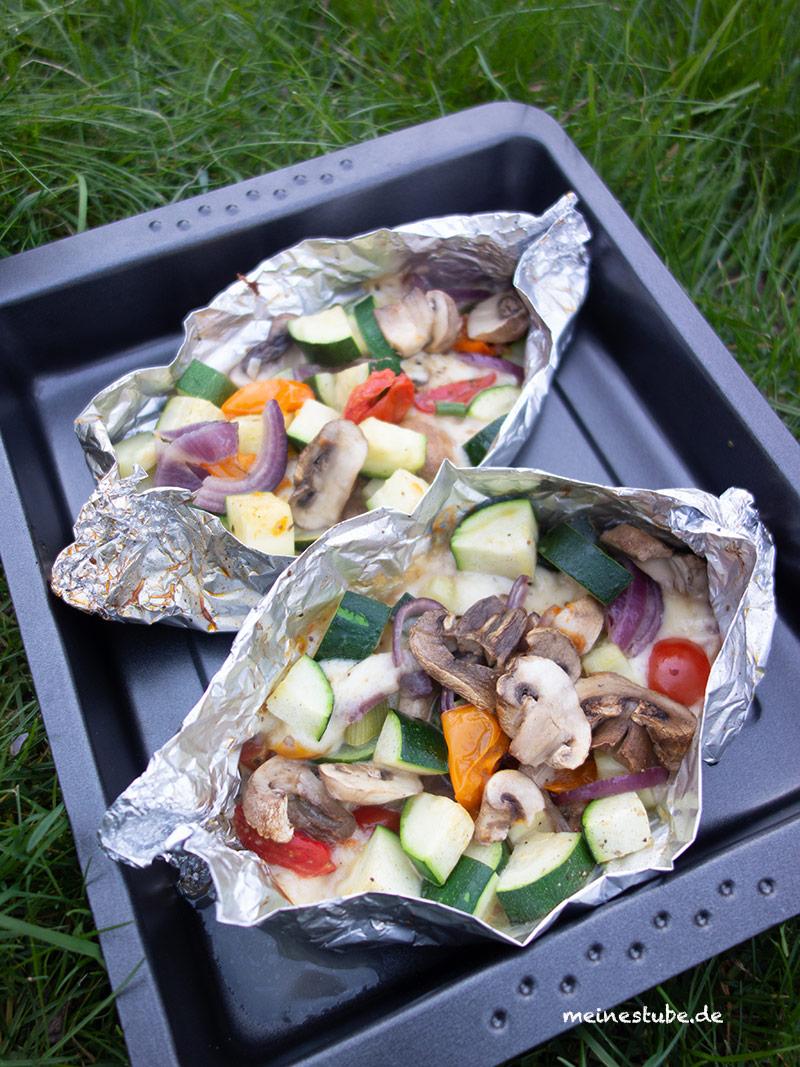 Gemüse-Schiffchen auf dem Grill gegart, meinestube