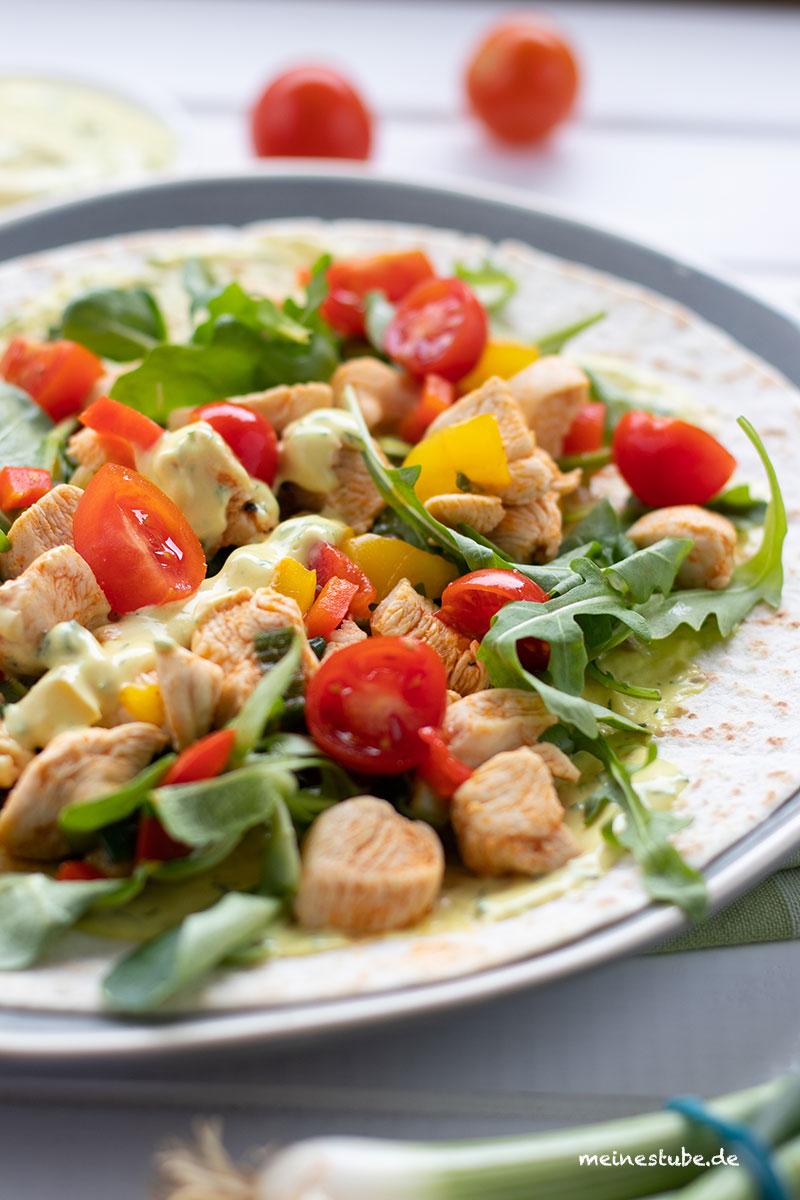 Wraps mit Hähnchen, Rucola und Tomaten, meinestube