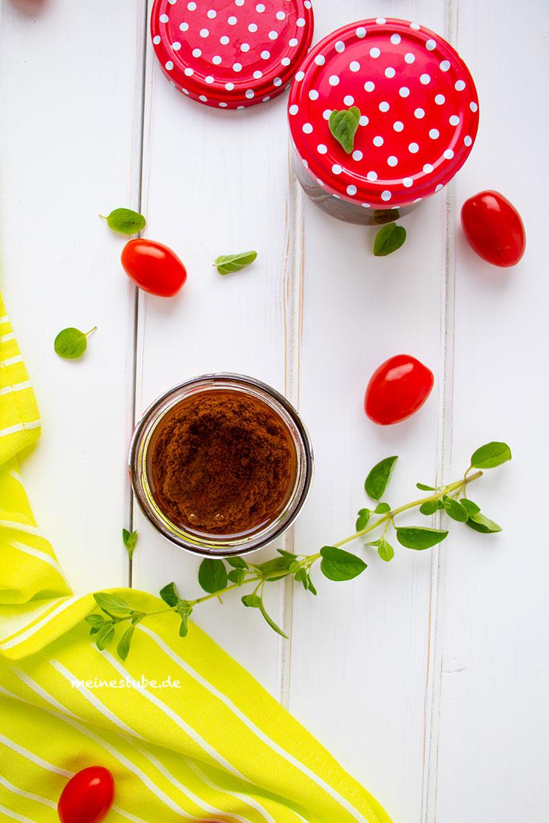 Leckere Tomaten Oregano Pesto, meinestube