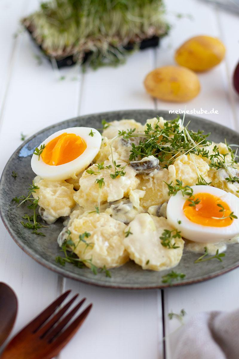 Klassischer Kartoffelsalat mit Ei und Kresse, meinestube