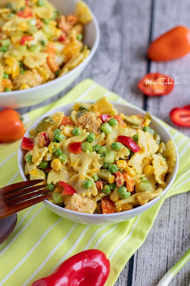 Nudelsalat mit Pute und Curry