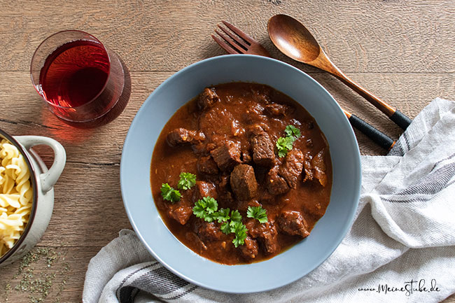 Mit Traubensaft kochen ist eine alternative zu Rotwein, meinestube
