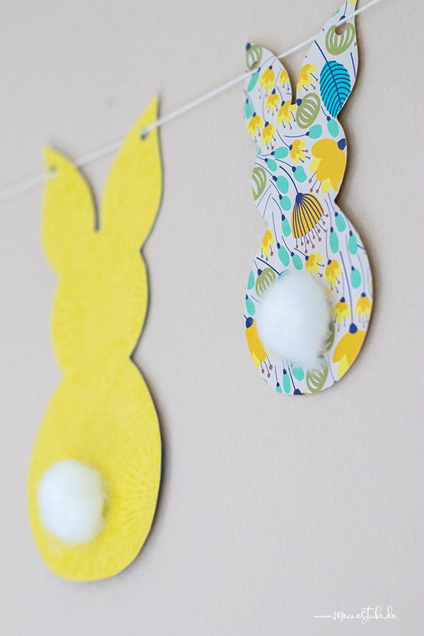 Ein gelber Hase und ein bunter Osterhase von meinestube