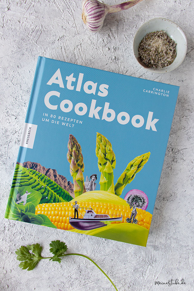 Kochbuch Atlas Cookbook mit blauen Einband von Knesebeck Verlag, meinestube