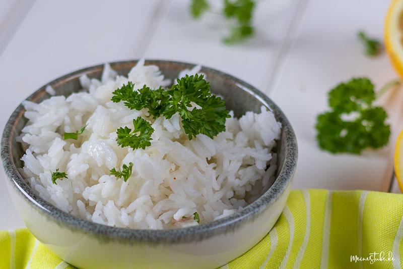 Schale Reis mit Petersilie von meinestube