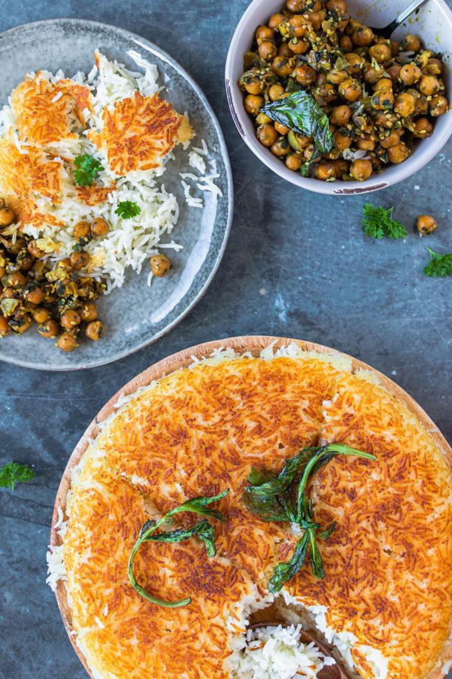 Persischer Reis serviert mit Kichererbsen mit meinestube