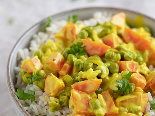 Reis mit Gemüse und Frischkäse-Soße von meinestube