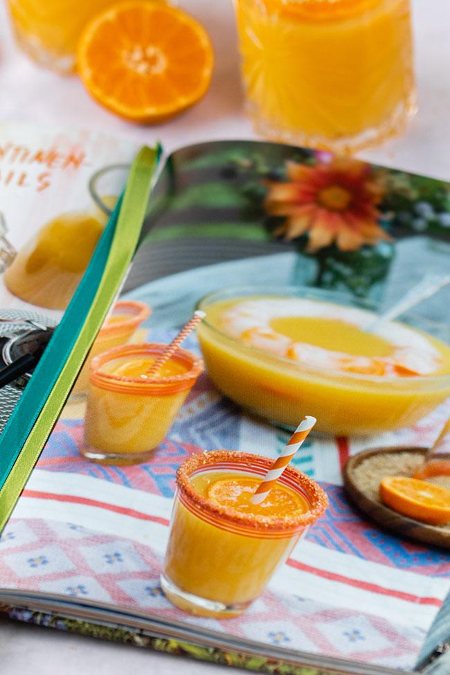 Winter-Cocktails aus Frucht-Bowle mit meinestube