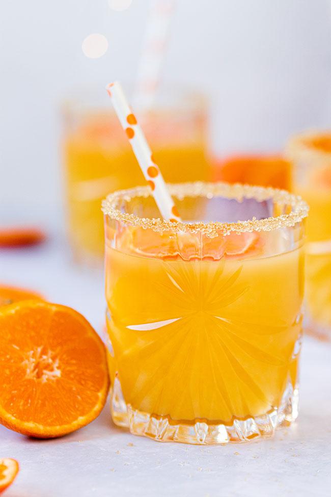 Winter-Cocktails mit Clementinen aus Bowle mit Meinestube