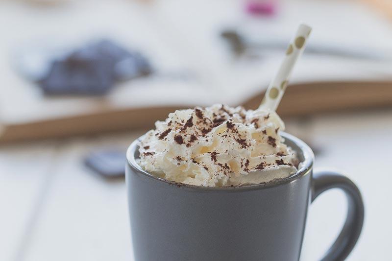 Heiße Schokolade mit Sahne, meinestube